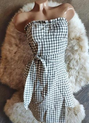 Легкое клетчатое платье бюстье с поясом