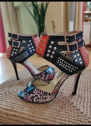 Босоножки туфли на каблуке с пряжками открытый носок