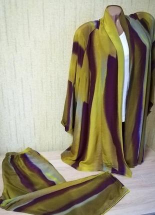 Отличный яркий костюм кардиган и штаны sallie sahne
