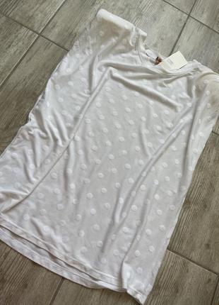 Новая футболка с подплечниками италия