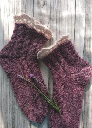 Шерстяные носки с ажурной оборкой - идея для подарка