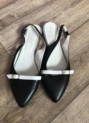 Туфлі fonnesberg