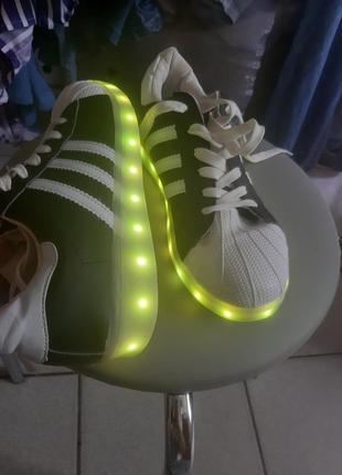 Светящиеся кеды кроссовки
