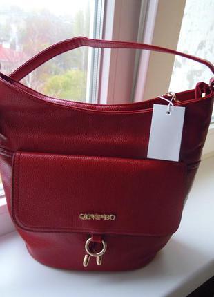 Новая,темно-красная,эффектная и удобная сумка кроссбоди.