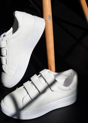 Кроссовки кожаные на липучках, базовые кеды на липучках, женские кеды кожаные белые3 фото