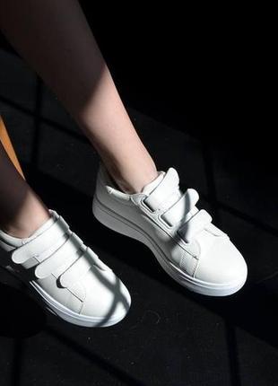 Кроссовки кожаные на липучках, базовые кеды на липучках, женские кеды кожаные белые6 фото