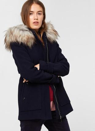 Куртка шерстяная s.oliver ,раз us 14,uk 18 ,производство вьетная ,70% шерсть