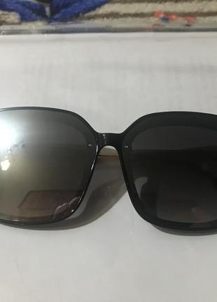 Новые стильные очки серебро 70 грн.