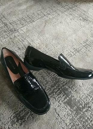 Лакові туфлі paolo corelli