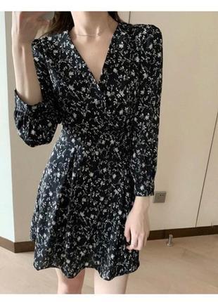 Чёрное платье в цветок свободное воздушное