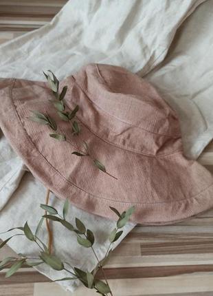 Трендовая натуральная пляжная шляпка