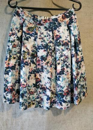 Юбка в складку с цветочным рисунком closet.