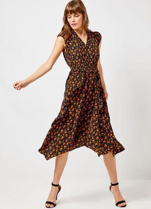 Черное платье миди рюш с цветочным оранжевым принтом dorothy perkins