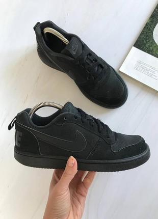 Оригінальні кросівки nike