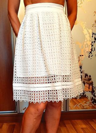 Белоснежная кружевная юбка из шитья