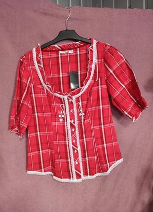 Блуза в немецком стиле esmara