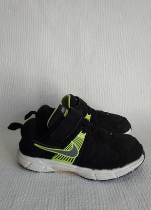 Nike оригинальные кроссовки 33