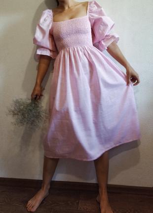 Платье на резинке в клетку миди розовое хлопок s m пышное объемные рукава буфы