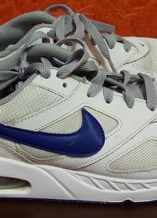 Оригинальные кожаные кроссовки