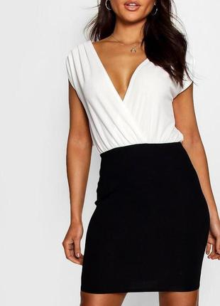 Чёрное белое платье на запах zara