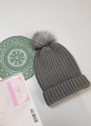 Женская шапка colin's