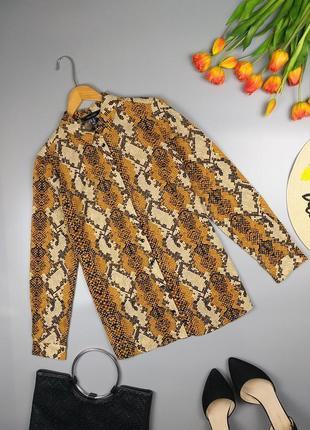 Невероятная рубашка в змеиный принт / принт питона коричневый 12р.
