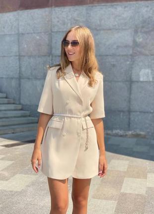 Стильное платье пиджак свободного кроя в цветах в наличии