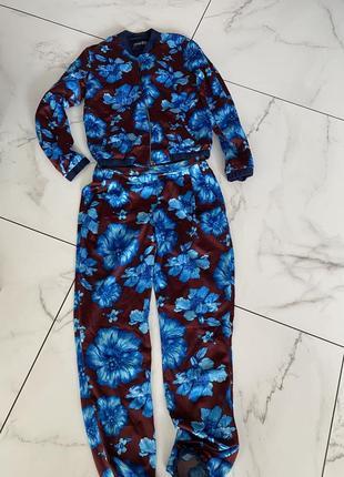 Костюм. в пижамном стиле