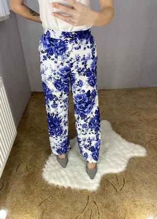 Штаны брюки в цветочный принт