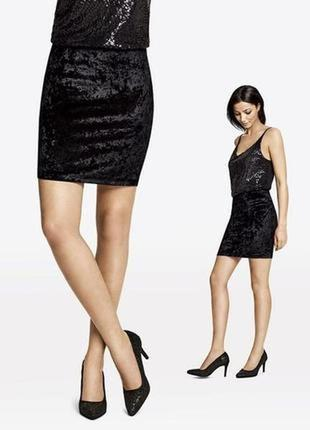 Короткая юбка esmara by heidi klum велюровая чёрная р. 36 евро