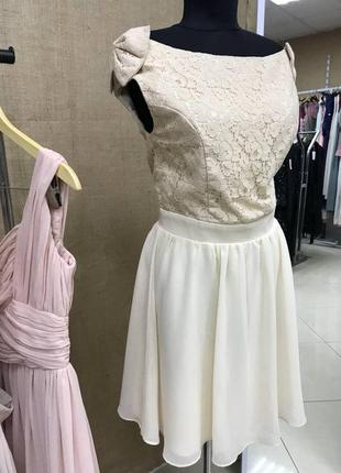 Летняя распродажа 🔥🔥🔥 пышное бежевое платье с кружевом и бантиками на плечах