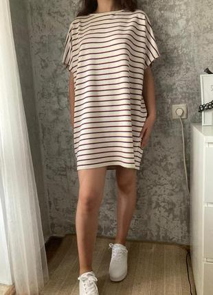 Платье футболка оверсайз,  в полоску, свободный крой pull and bear