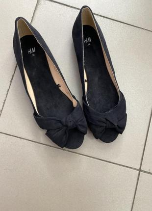 Босоножки балетки с открытым носком от h&m