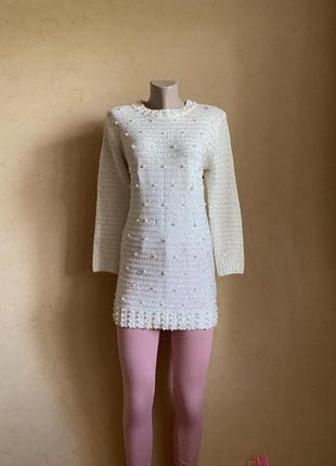 Красивое женское теплое платье-туника с жемчужинами