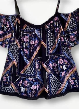 Роскошная вискозная  блузка с открытыми плечами dorothy perkins