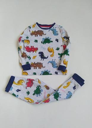 Котоновая пижамка в динозавры фирмы f&f на 5-6 лет