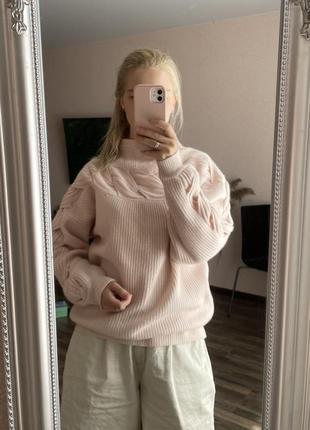 Пудровый свитер с косами шерсть и кашемир