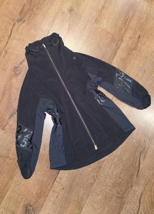 Ветровка курточка