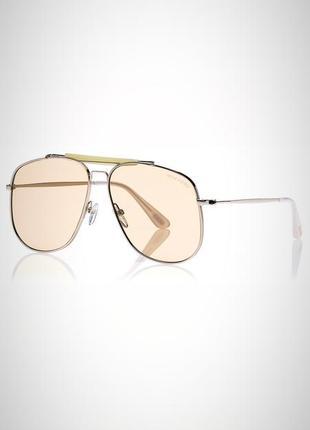 Шикарные полупрозрачные бежевые брендовые очки