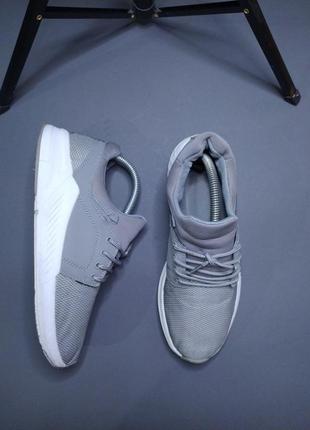Легкі та зручні кросівки  no name + рефлективні шнурки в подарунок