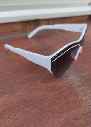Солнцезащитные очки и balenciaga4 фото