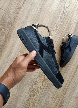 Оригінальні шкіряні кросівки diadora