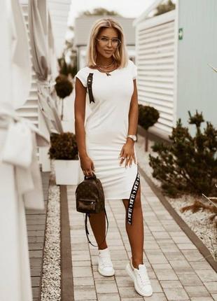 Женское платье двухнить