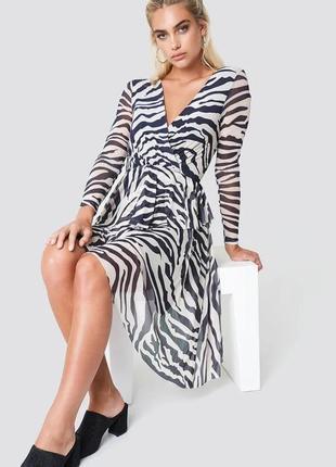 Платье на запах принт зебра полосы сеточка