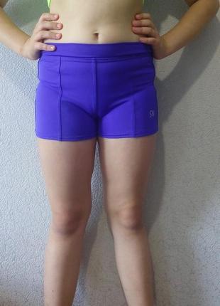 Спортивные шорты для девочки из матового бифлекса