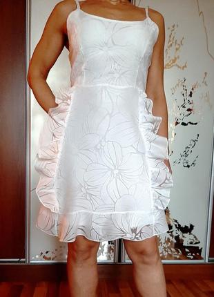 Воздушное белое платье из органзы