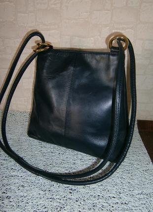 Красивая. стильная сумка кросс-боди из натуральной кожи. debenhams