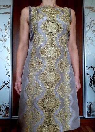 Красивейшее вечернее платье с декором из вышивки и бисера
