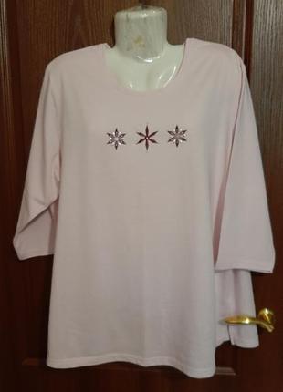 Нежно-розовая футболочка размера 56-58.