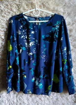Легкая закрытая свободная блуза с длинным рукавом, прямая
